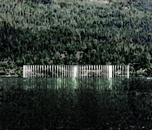 I VANNET: Når Tyrifjorden er på sitt høyeste, blir søylene stående under vann.
