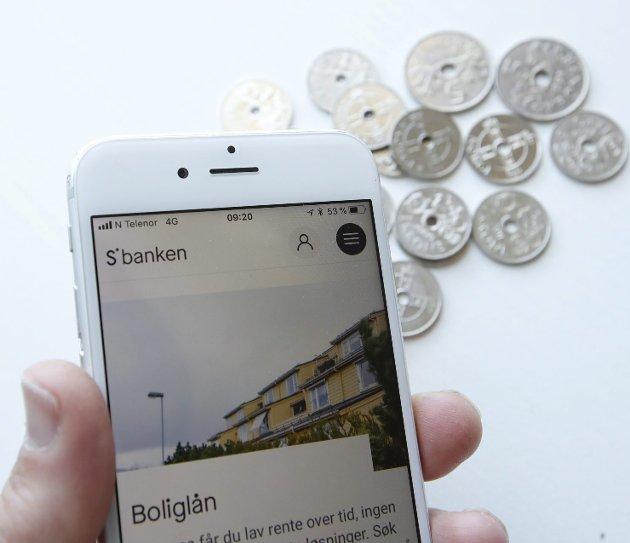 Debattforfatteren reagerer på at «store» DNB vil kjøpe opp den mindre banken Sbanken. Illustrasjonsfoto: Erik Johansen, NTB