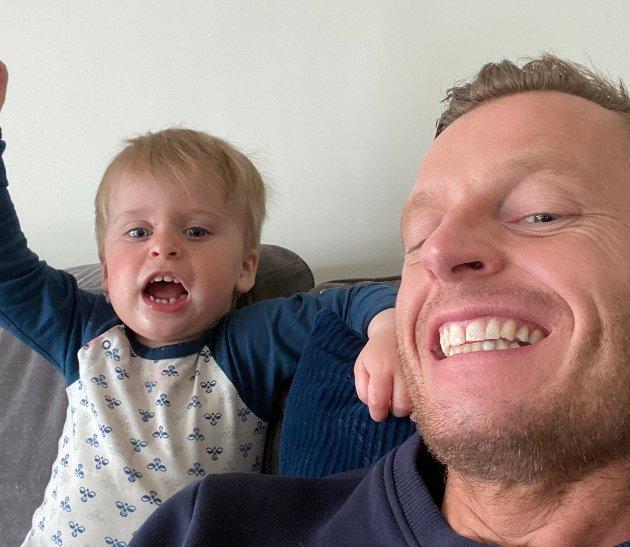 PAPPAKROPP: – Er kampen mot pappakroppen eit slag eg berre må akseptera at eg vil tapa, spør Endre Romøren.
