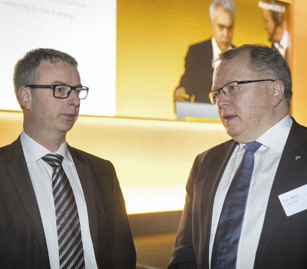 Konsernsjef Eldar Sætre (til høyre) mener Equinor beskriver Statoils opprinnelse og verdier godt, og blir tiljublet av olje- og energiminister Terje Søviknes. Men navneforslaget bør puttes i en skuff for godt.FOTO: NTB scanpix
