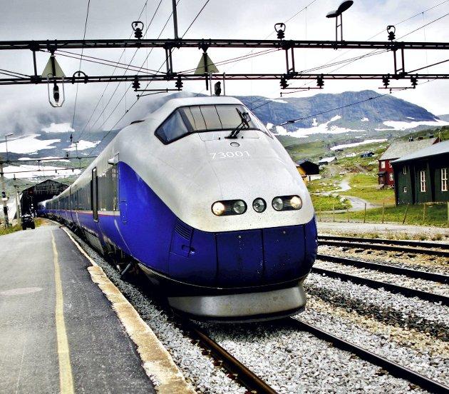 Stortingspolitikerne kappes om å ha størst planer for fremtidens jernbane. Men det koster. Skal planene bli gjennomført, holder det ikke med vedtak, det må også bevilgninger til. FOTO: NTB SCANPIX
