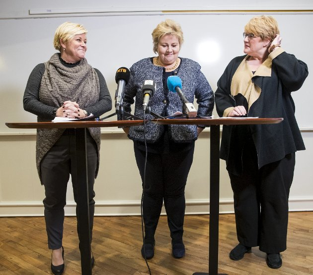 Arkivbilde: Siv Jensen, Frp, Erna Solberg, Høyre og Trine Skei Grande, Venstre, legger fram regjeringserklæringen.