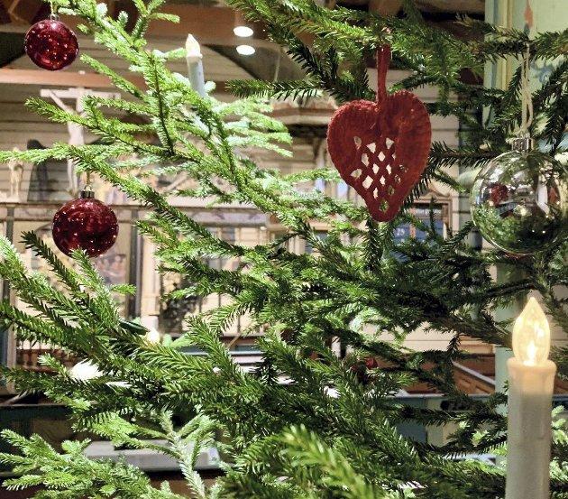 Hjerte: I årene fremover skal dette hjertet få henge på juletreet for å minne oss om alle dem vi savner.