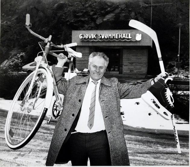 Rådmann Martin Killi, 1990, annonserer at Gjøvik får OL-anlegg i fjellet i Røverdalen.