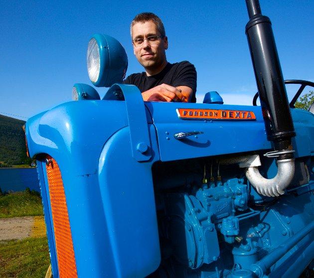 Denne Fordsom Dexta-traktoren fra slutten av 1950-tallet er et av smykkene i traktorsamlingen.