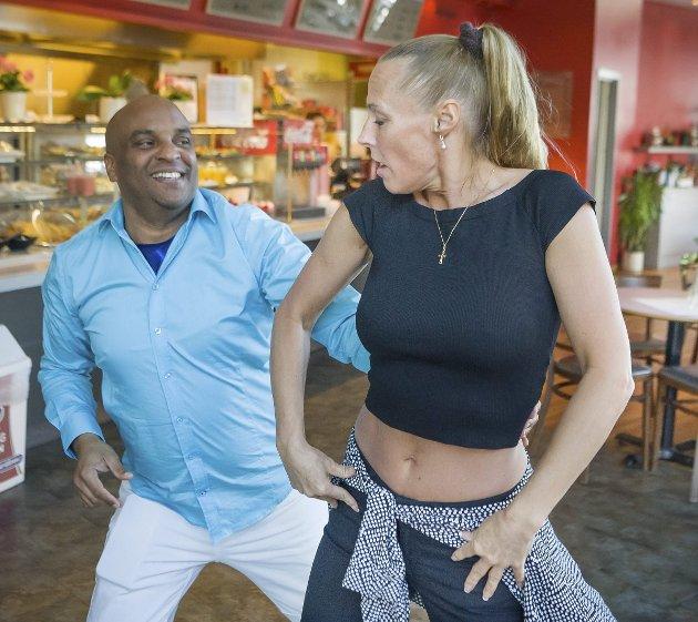 LIDENSKAP: Cubaneserne bruker dansen til å skildre livet sitt.