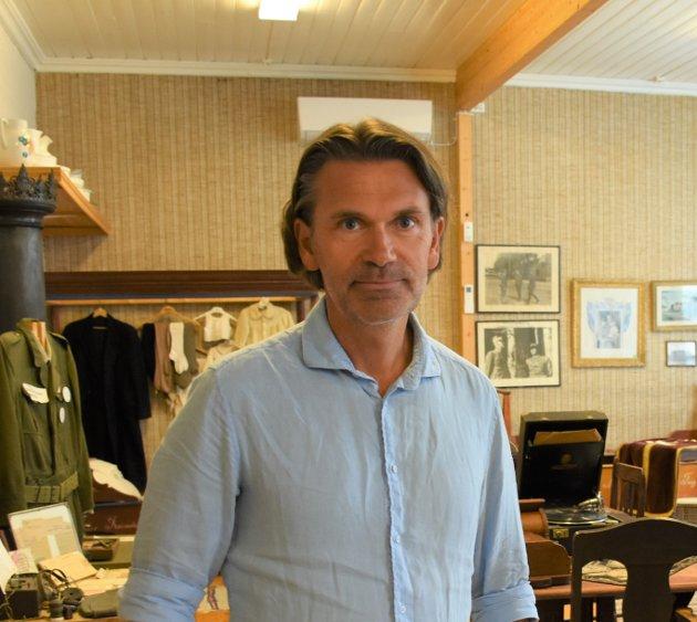 HAR FÅTT MYE KRITIKK: Kultursjef Trond Ole Paulsen slår tilbake mot kritikken knyttet til innkjøp av kunst til å smykke ut offentlige bygg i kommunen.