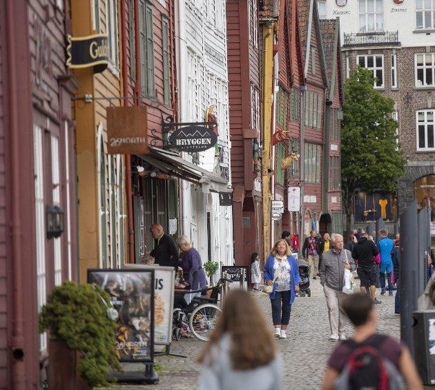 – Av og til må den politiske foten bare settes bastant i bakken, enten det gjelder vedtak om bybane eller stenging av Bryggen og Torget.  ARKIVFOTO: EMIL WEATHERHEAD BREISTEIN