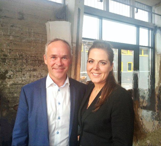 Finansminister Jan Tore Sanner og stortingsrepresentant fra Larvik, Lene Westgaard-Halle