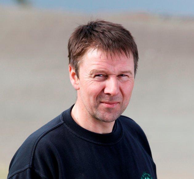 TILLIT: – Vi skal bygge opp igjen tilliten, selv om vi forstår at det kan ta tid, sier Lars Petter Bartnes, bonde og leder av Norges Bondelag.