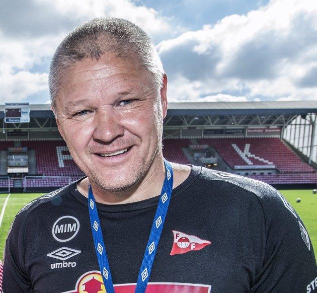 Godt likt: Mons Ivar Mjelde har tatt Fredrikstad med storm.