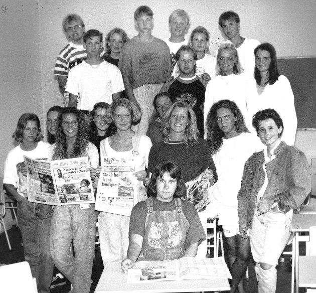 Juni 1993. Kirkeparken skole. Elever med avisprosjekt.