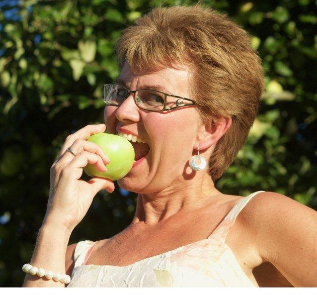 GOD MAT ER GOD HELSE: Kathrine Kleveland (Sp) slår et slag for bedre mattilbud i eldreomsorgen.