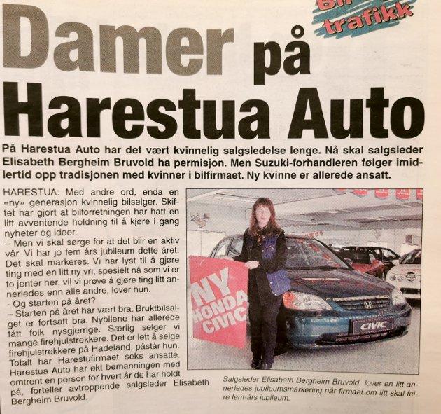 22.3.2001: Elisabeth Bergheim Bruvold i avisen året før hun giftet seg og skiftet etternavn til Hanserud. Harestua Auto skulle markere sine første fem år, men salgslederen selv skulle ut i permisjon.