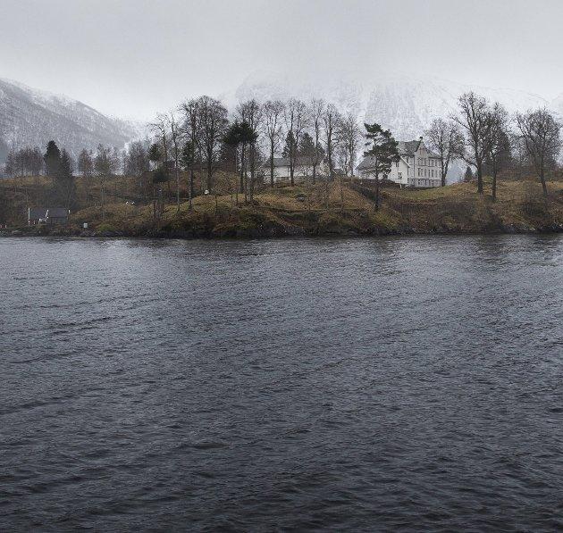 Til tross for gode  resultater, legges fengselsavdelingen på Osterøy, Ulvsnesøy, ned.
