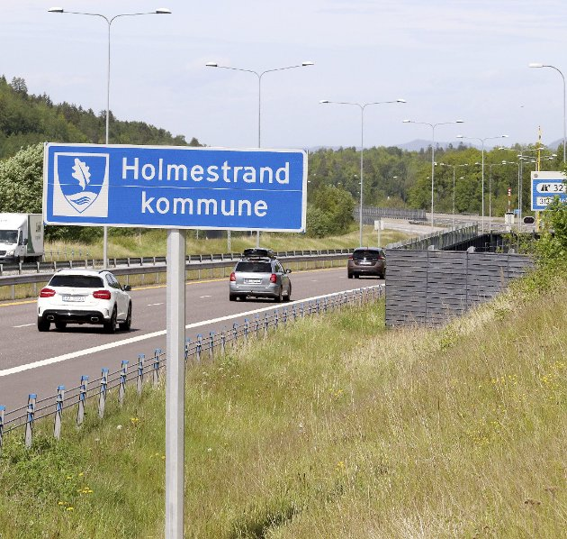 ARROGANT: Det er ikke rart at en del innbyggere i Sande og Hof opplever kommunenavnet som arrogant, skriver innleggsforfatteren.