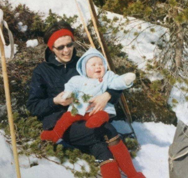TURBEVISET: Jarlsberg-journalisten og hans mor, fotografert påska 1966.