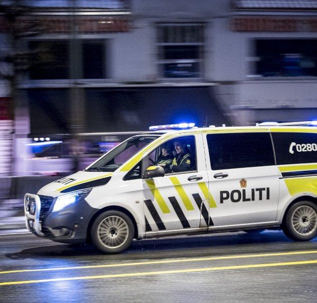 Pelle opplever at enkelte slipper unna straff. Politiet svarer.