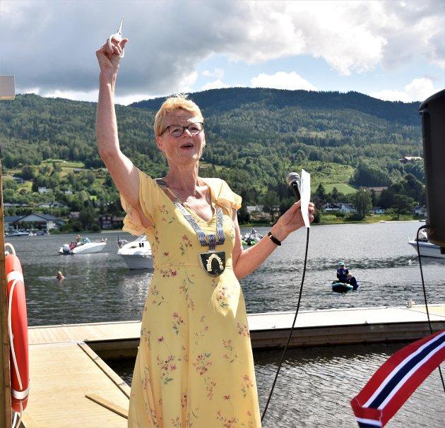 Reiseliv: Modums ordfører Sunni Grøndahl Aamodt åpnet den nye gjestebrygga i Vikersund søndag. Hun skriver i denne kommentaren at kommunen vil jobbe for bedre synliggjøring av de lokal attraksjonene.