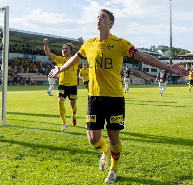 MÅLMASKIN: Thomas Lehne Olsen satte inn sesongens sjuende og åttende mål og er i rute til å score mer enn han noensinne har gjort. FOTO: NTB scanpix