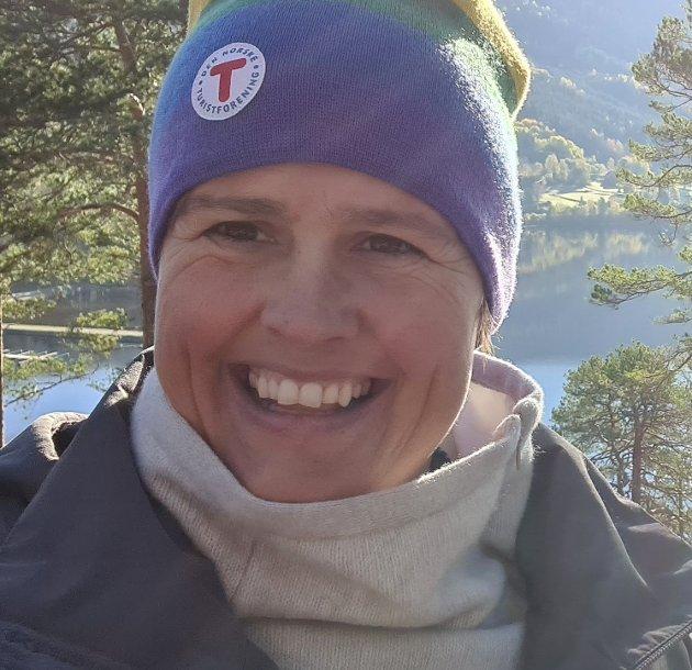 Etterlyser dialog: Gjør Maja Foss Five, hovedutvalgsleder for kultur, folkehelse, tannhelse og idrett, Vestfold og Telemark. Foto: Privat