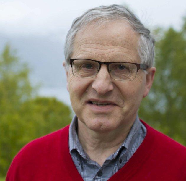 Belønning av frivillig pleie og omsorg er ikkje meint å redusere den offentleg profesjonelle innsatsen., skriv Håkon Kvammen.