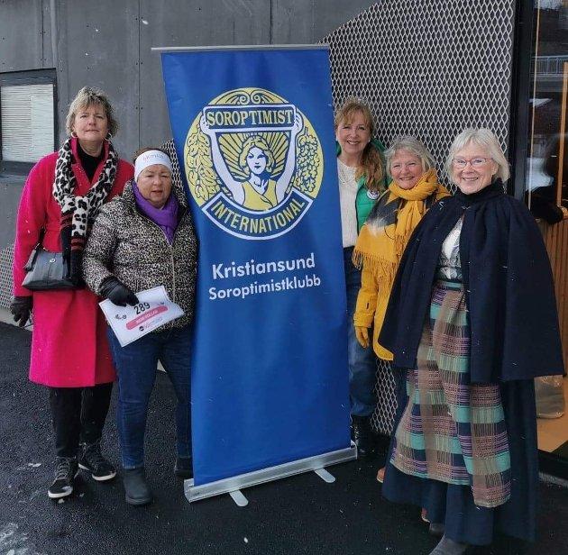 Flere i den lokale Soroptimistklubben «løper» KK-mila 8. mars. 50 % av startkontingenten går til Bunadsgeriljaen.