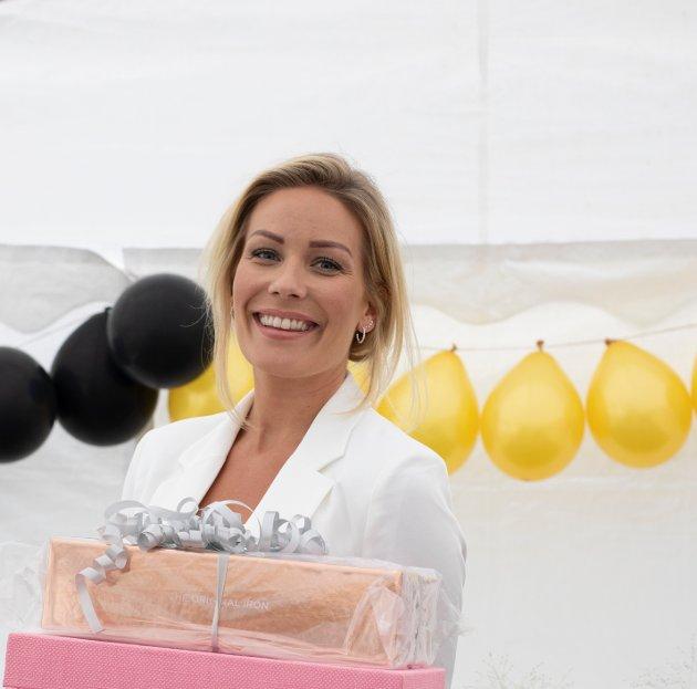 Ida Tønseth feiret lørdag kveld sin 30-årsdag med hagefest i Torsnes.