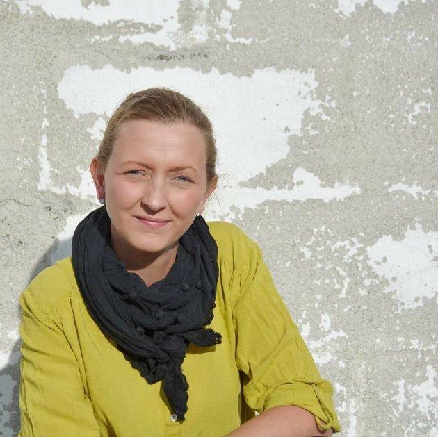 Elisabeth Anethe Olsen(Rødt) mener at trafikklys-systemet for havbruksnæringa tilrettelegger for at 30% av all villaks kan dø og genpool til hele elvestammer utryddes, før produkjonsregulerende tiltak kan vedtas.