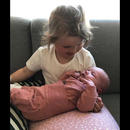 Birgitte Fiskvik og Vidar Johan Bentsen fikk barn 25.april: 25.04.19 kom endelig lillesøster Ida til verden. Hun veide 4170 g og var 52 cm lang. Stolt storesøster er glad ventetida er over. En stor takk til fantastiske jordmor Ingvild på Rognan og alle på føde- og barselavdelingen i Bodø for god oppfølging.