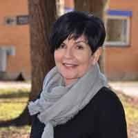 Erna Hogrenning, forfatter av innlegget