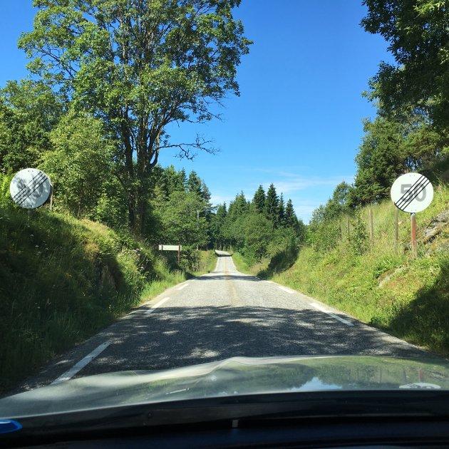 Vegen til Festo er ein av dei mange utfordrande fylkesvegane i Nordhordland.