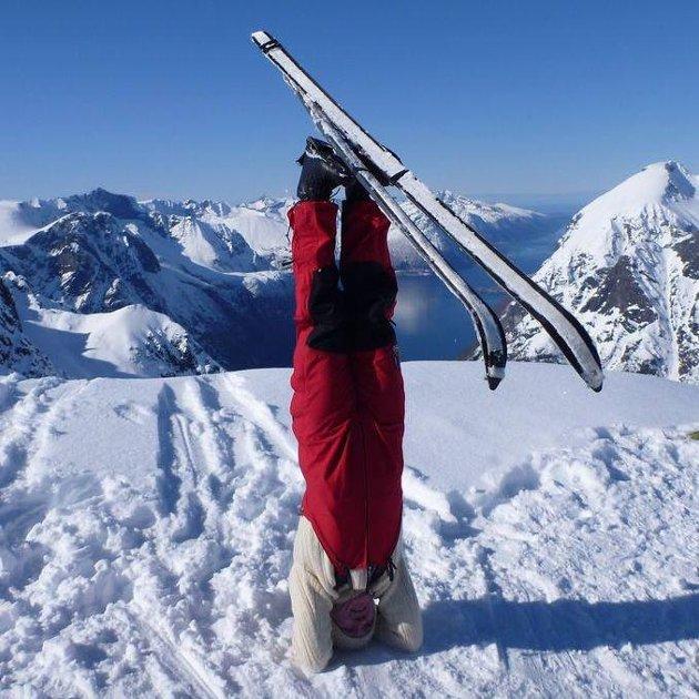 HELEN E. CHRISTENSEN: - Yogatime på Yoga North° på Bertnes!