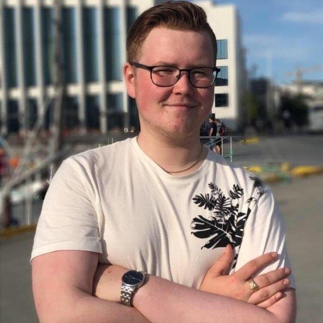 Henning Engstad Karlsen, Internasjonalt Ansvarlig AUF i Nordland