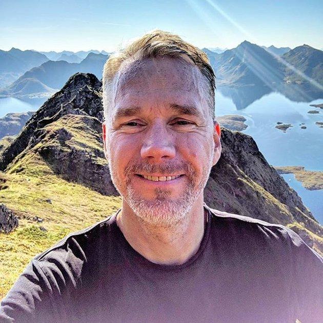 Christian Torset på Blåtind i Øksnes