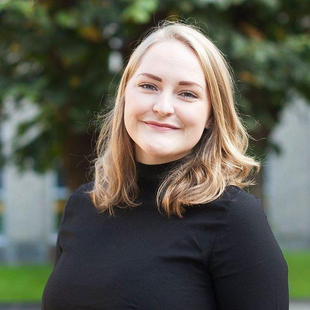 Ingrid Handeland meiner det er fleire politikarar som bør takkast i samband med oppstarten av B-hallen i dette lesarinnlegget. (Foto: Privat).