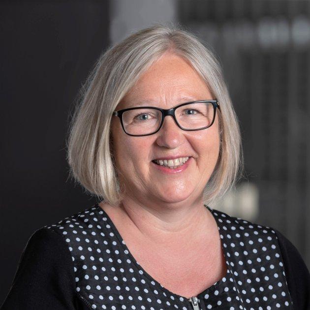 OVERGREP: – Det er både belastende og svært provoserende når skoler svikter egne ansatte ved å bagatellisere overgrep de utsettes for på jobb, skriver Rita Helgesen.