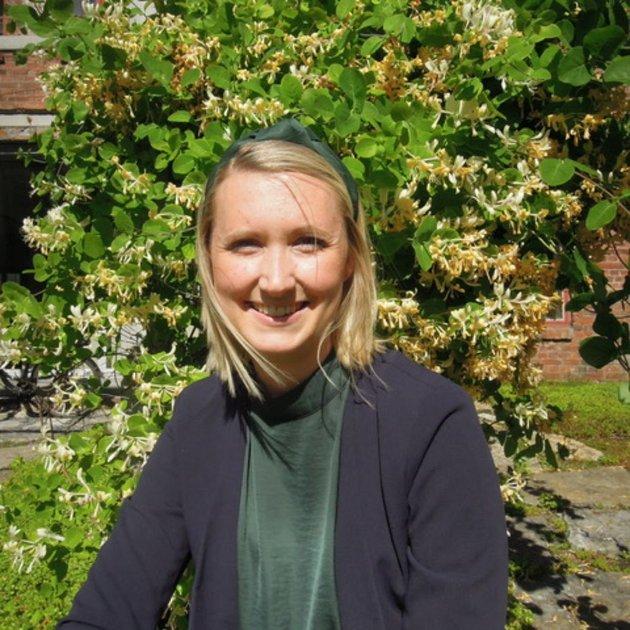 Kristin Jess-Bakken (V), ønsker at så mange som mulig deltar i høringsrunden for Oppvekst 2040..