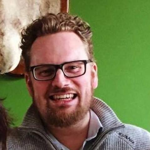 Jon-Erik Graven mener uoppdragne, irriterende og uansvarlige småsøsken må påregne å bli irettesatt fra tid til annen fra samtlige familiemedlemmer som reagerer på både manglende folkeskikk og et unødvendig høyt støynivå i den offentlige debatten.