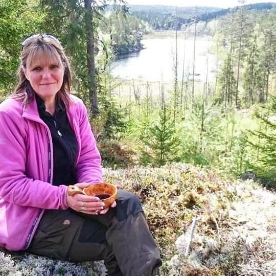 Vi kunne fint hatt færre sau i Norge. Det hadde vært godt for både våre rovdyr og for sauene selv, mener Anne Margrethe Vadder, leder i Rovviltets Røst.
