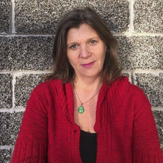 NOEN SOM BRYR SEG: Hos oss er det alltid noen på vakt, dag og natt, også i påsken, skriver Anne Line Diesen.