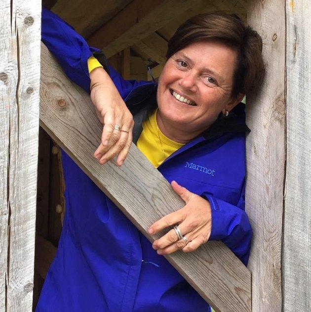 HAR MYKJE PÅ LAGER: Heidi Sårheim og Nav sin hjelpemiddelsentral har eit langt breiare tilbod enn mange er klar over.