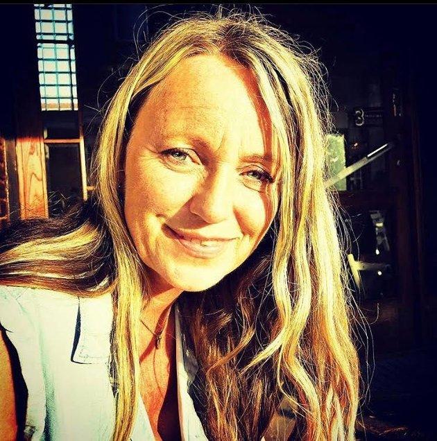 Inger Adèle Stavik, Barnehagelærer og Arbeidsplasstillitsvalgt i Glitne Kanvas-bhg for Utdanningsforbundet