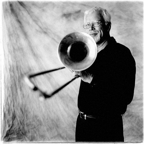 """Ole """"Fessor"""" Lindgreen er dansk jazzhistorie."""