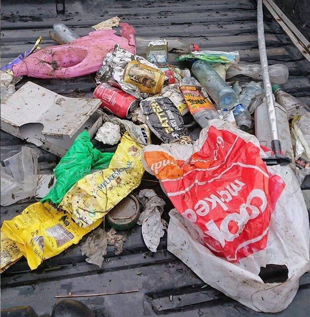 søppel ved Bjørnådalen