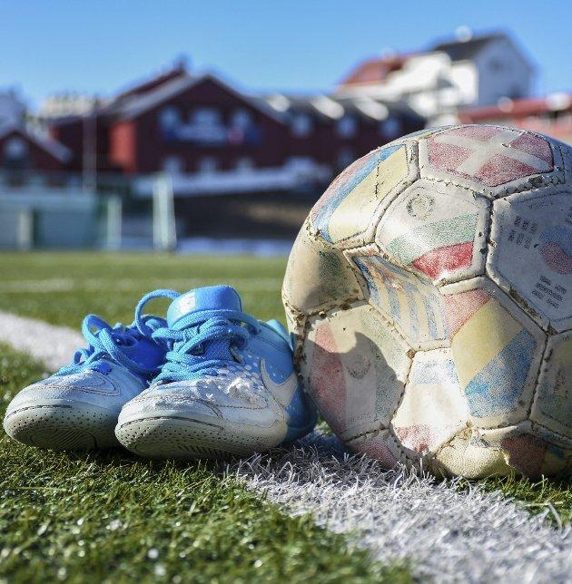 Atlanten stadion må ferdigstilles, og Idrettsplassen må bestå, skriver Arne Helseth.