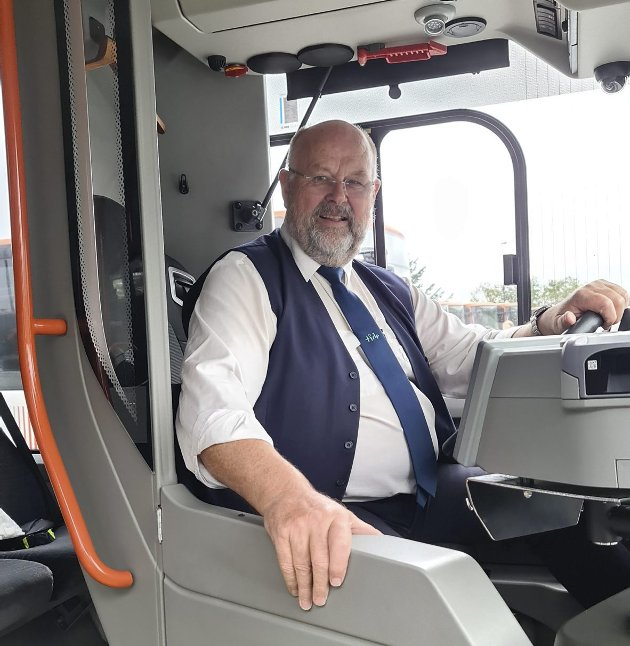 – Bussjåførene er ikke spesielt entusiastiske til å åpne døren fremme, skriver Ørjan Takle. FOTO: PRIVAT
