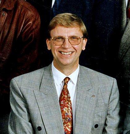 STRAND-RÅDMANN: Ivar Bjerkeland var rådmann i Strand kommune i 12 år på 1970- og 1980-tallet. Siden ble han kjent gjennom sitt engasjement for blant annet Høgsfjordbruene.