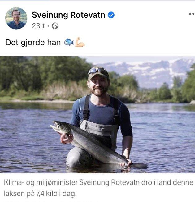 PROVOSERT: Denne Facebook-oppdateringen fra Sveinung Rotevatn (V) i går har falt sjølaksefisker John Mong fra Eigersund tungt for brystet.