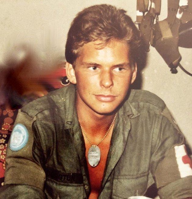 -Dan-Viggo Bergtun er President i World Veterans Federation, som knytter over 60 millioner veteraner fra 142 land i arbeid for fred og velbefinnende for veteraner som har vært involvert i kriger og konflikter. Her et bilde fra hans tjeneste i Midt Østen i 1978.